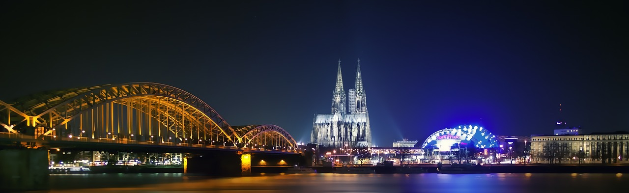 Hohenzollern Bridge, Cologne Cathedral